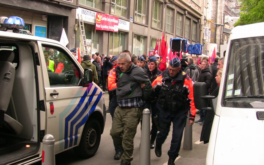 Sept mois de prison ferme pour l'agresseur de Raoul Hedebouw