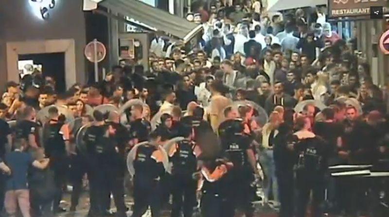 Trois émeutiers du Carré écopent de peines de prison: ils ne sont pas venus à leur procès