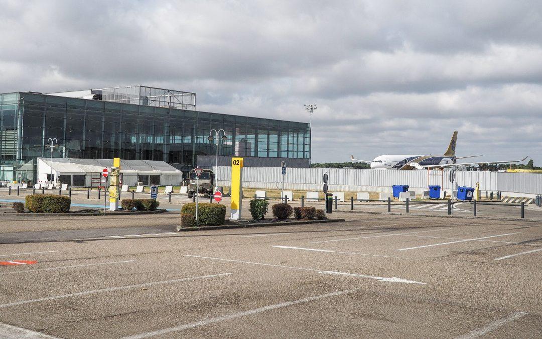 Grève du zèle des douaniers à Liège  Airport