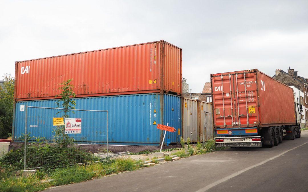 Une toute première maison construite avec des containers maritimes à Liège