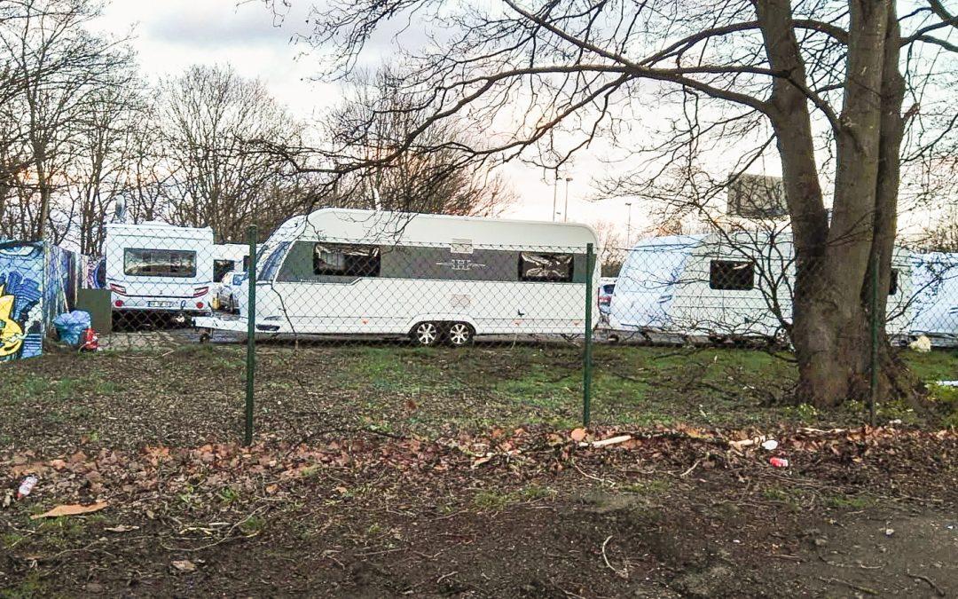 Une vingtaine de caravanes à côté du skatepark de Cointe