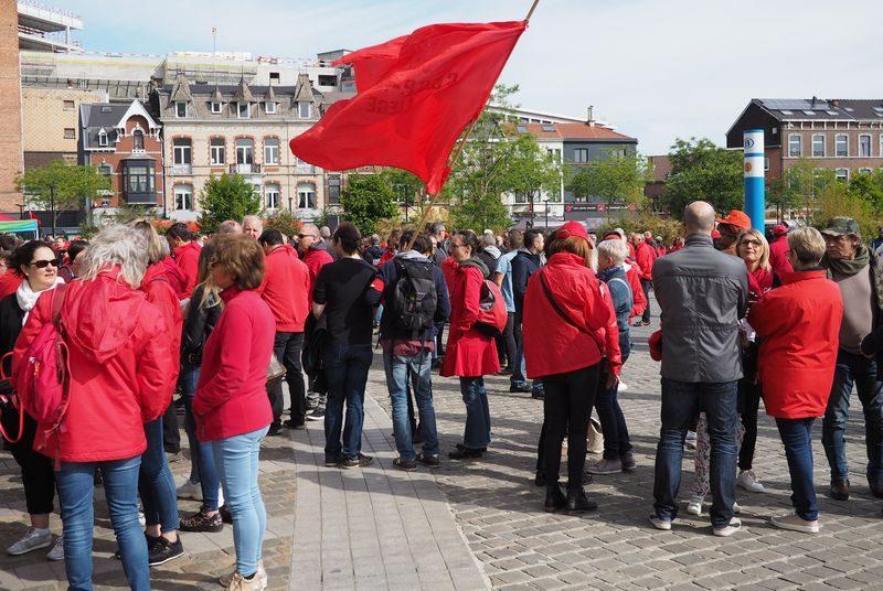 5000 manifestants et des politiques hier à la manif de la FGTB