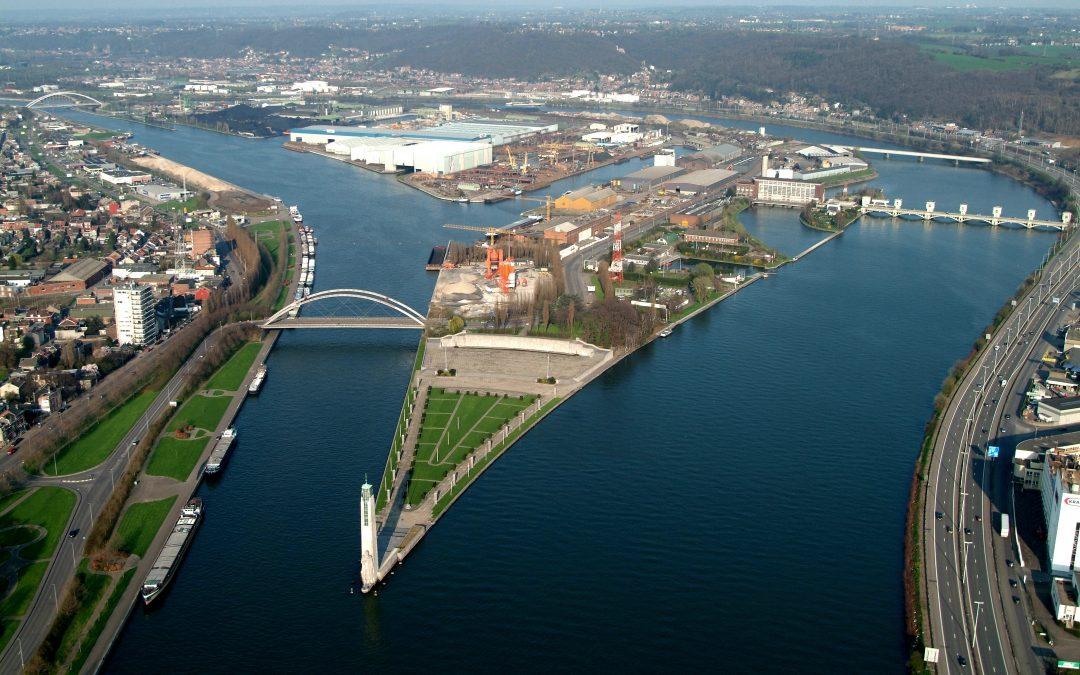 Agenda ► A la découverte du Port autonome de Liège en autobus ancêtre