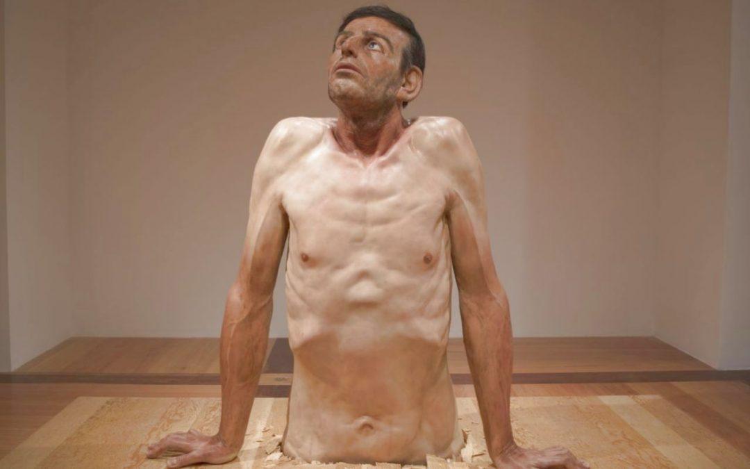 Des sculptures hyperréalistes vont ébranler votre vision de l'art à la Boverie