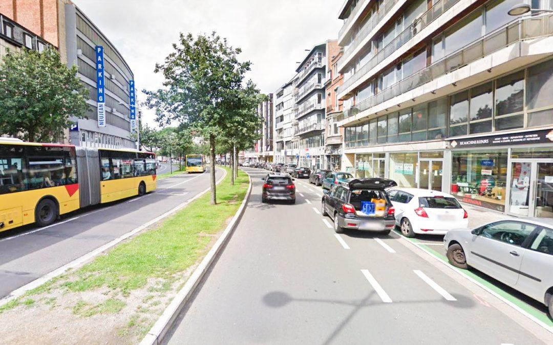 Il faut faire payer les automobilistes garés sur les pistes cyclables: la suggestion de Masse Critique