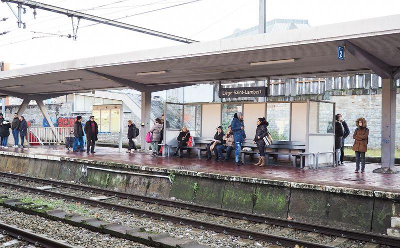 Réaménagement de la gare Saint-Lambert: pas assez bien pensé pour la mobilité douce ?