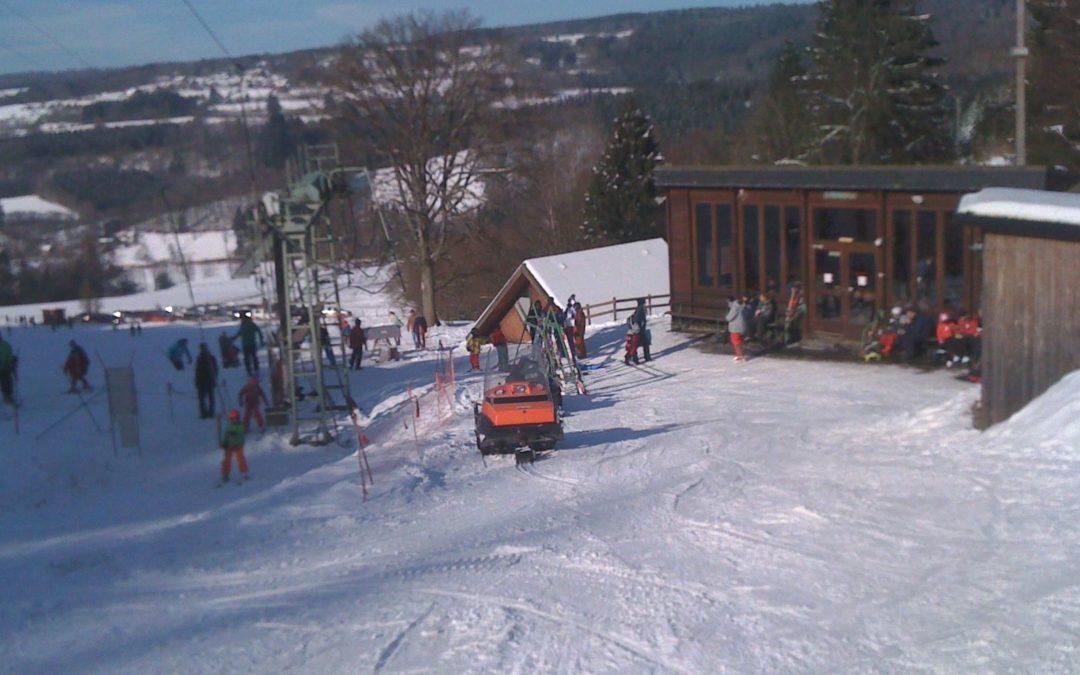 Ouverture de la piste de ski alpin du Mont des Brumes aujourd'hui