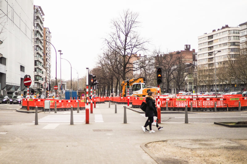 Pourquoi ne profite-t-on pas de la ville à l'arrêt pour avancer dans le chantier du tram?