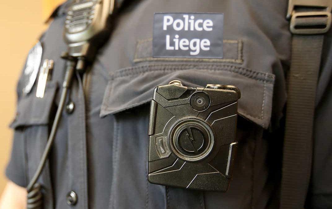 Les policiers liégeois vont être équipés de caméras de corps lors de leurs interventions