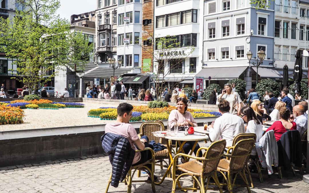 Ouvrir les espaces publics pour transformer la ville en café ou restaurant géant