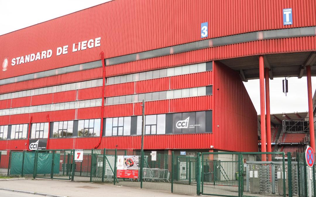 """""""J'ai honte d'avoir le blason du Standard"""": les mots durs de Mbaye Leye après la lourde défaite à Ostende"""