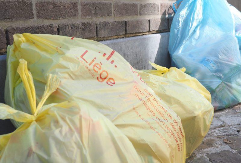 Les couches-culottes ne devront finalement pas être jetées dans les sacs jaunes en 2021
