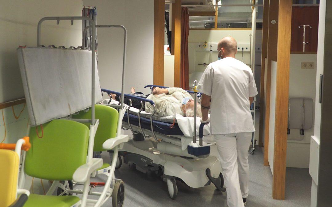 Appel aux étudiants infirmiers pour venir en aide aux maisons de repos