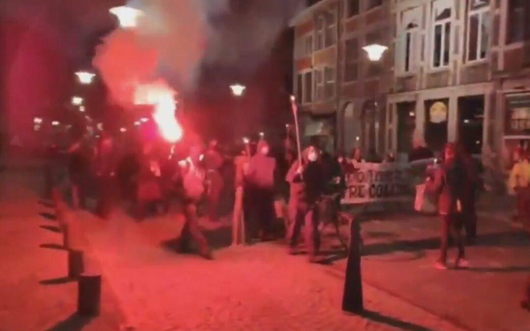 150 personnes manifestent à Liège après le couvre-feu: aucune amende