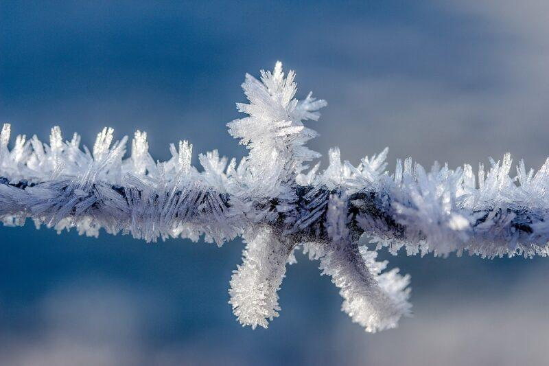 Service hiver: 128 agents, 22 véhicules et 130 bacs à sel dans les rues très pentues