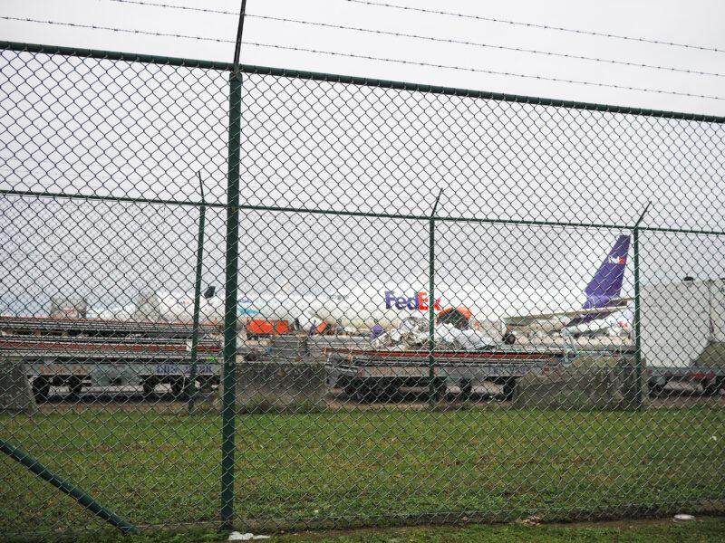 Concurrence avec Alibaba: Fedex compte licencier 671 travailleurs à l'aéroport de Liège