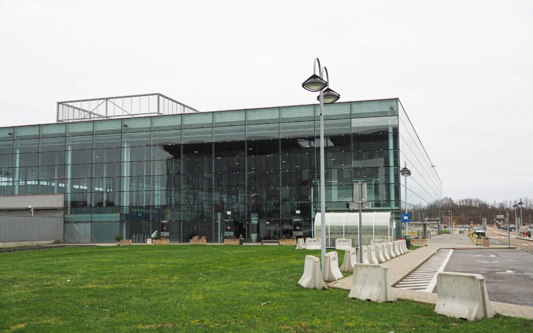 Un centre de vaccination sera opérationnel à Liege Airport à partir de mardi