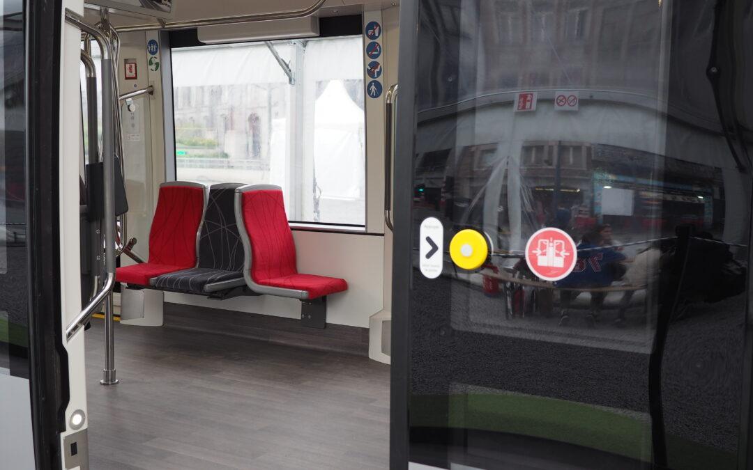 Il sera interdit de monter avec un vélo non-pliant dans le tram lorsqu'il sera mis en service