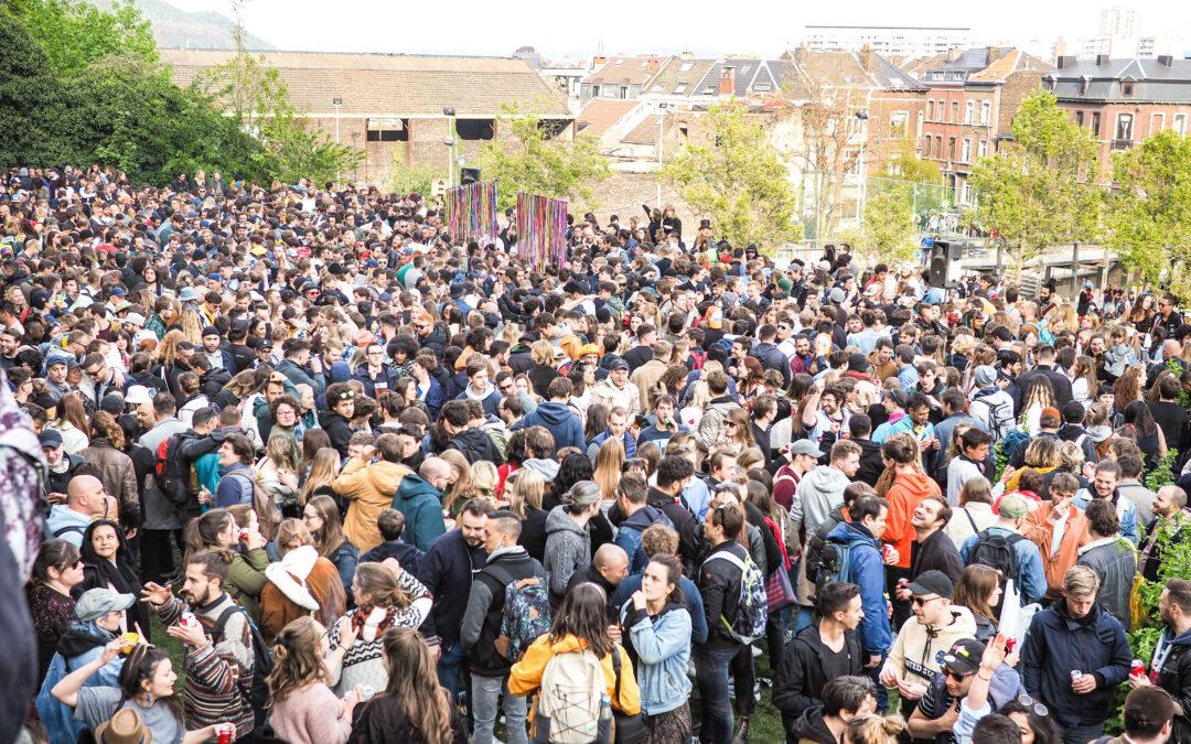 Rassemblements de milliers de personnes samedi au centre-ville: cortège, culture et garden-party (photos)
