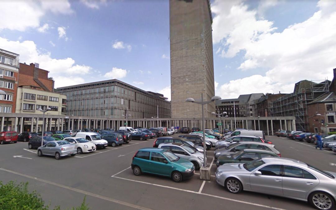 Un jeune homme fait une chute mortelle de huit étages de la Cité administrative