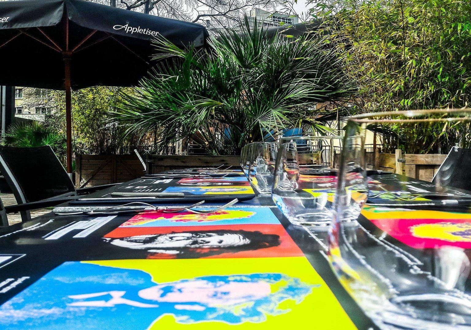 Faute de pourvoir trouver du personnel, un restaurant liégeois doit reporter sa réouverture