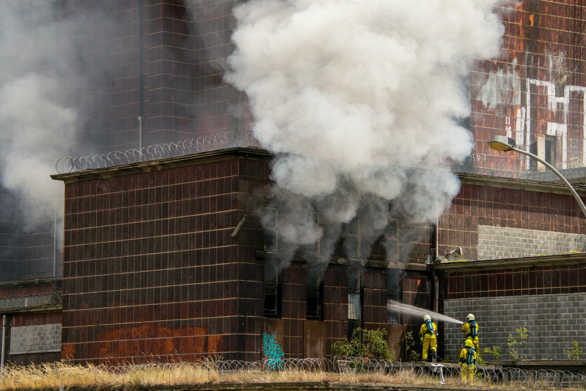 Incendie à l'ancienne patinoire de Coronmeuse: le Palais des Sports a failli être fortement dégradé