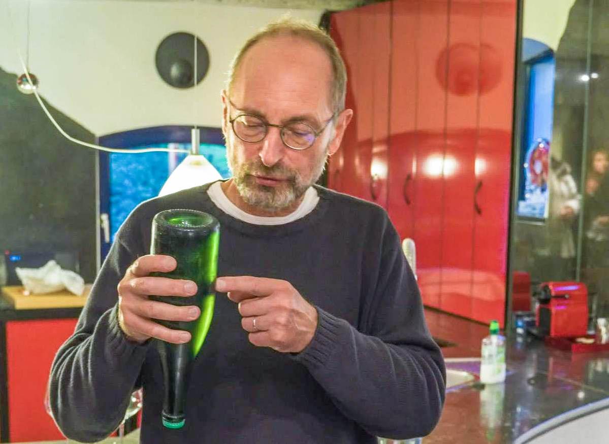 Vendu plus de 80€ la bouteille, le vin de Jean Galler ne se prend pas pour du pinard